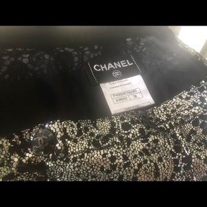 Chanel beautiful silver black shorts. Vintage